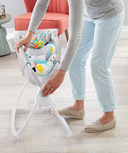 Fisher-Price Premium Auto Rock 'n Play Sleeper with SmartConnect