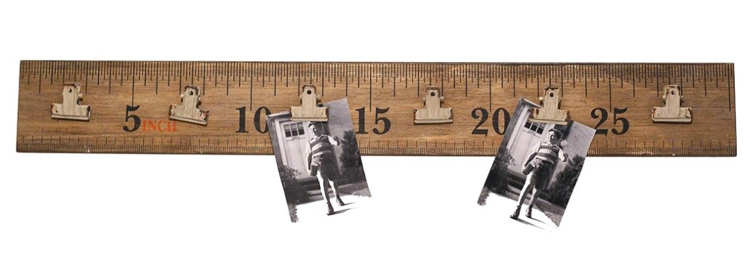 Hanging Wooden Ruler with Metal Picture Clips Photo Holder Wall Decor