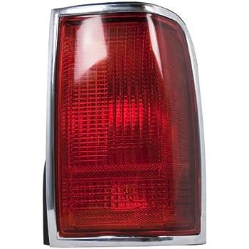 Eagle Eyes VV036-U000R Volvo Passenger Side Park//Signal Lamp Lens and Housing VO2521105V rm-EGL-VV036-U000R
