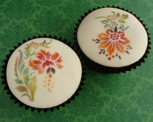 Smith Lindy Cakes (Lindy Smith's Elegant Flower Cupcake Stencils - Set of 2 (LC112) by Lindy Smith)