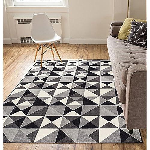 Modern Triangle Area Rug Amazon Com
