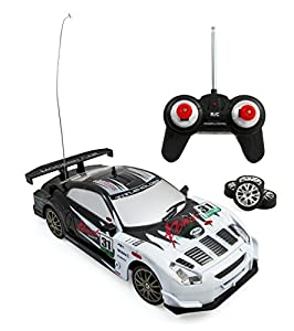 Liberty Imports Super Fast Drift King R/C Sports Car Remote Control Drifting Race Car 1:24 + Headlights, Backlights, Side Lights + 2 Sets of Tires