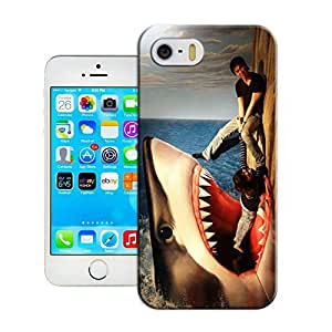 LarryToliver You deserve to have Watch out very real 3D art For iphone 5/5s Cases