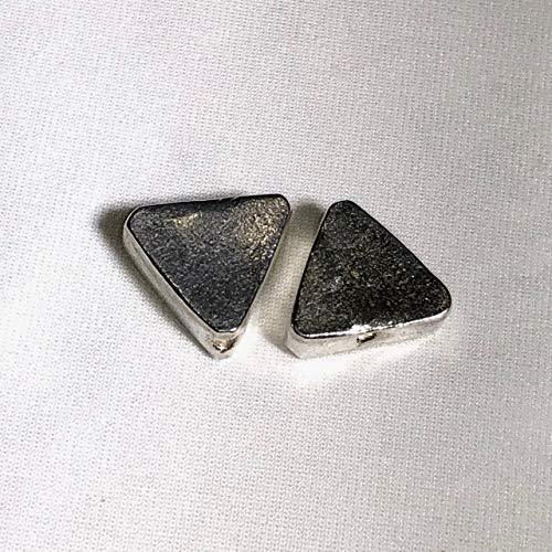 (Exclusive 2 Hill Tribe Triangle Fine Silver 13x11x5.5mm Beads for Jewelry Making)