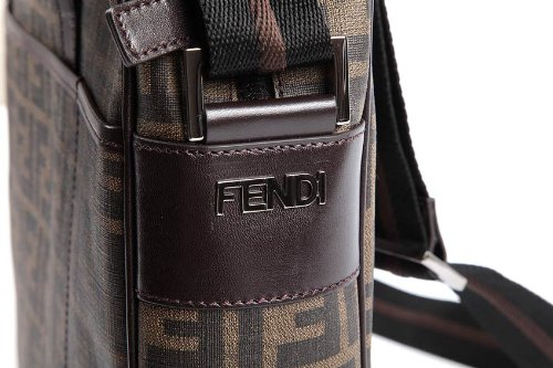 Fendi borsa da lavoro portadocumenti notebook uomo marrone  Amazon.it   Scarpe e borse eaf68618545