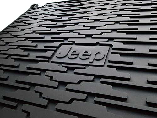 jeep-grand-cherokee-heavy-duty-rubber-cargo-area-mat