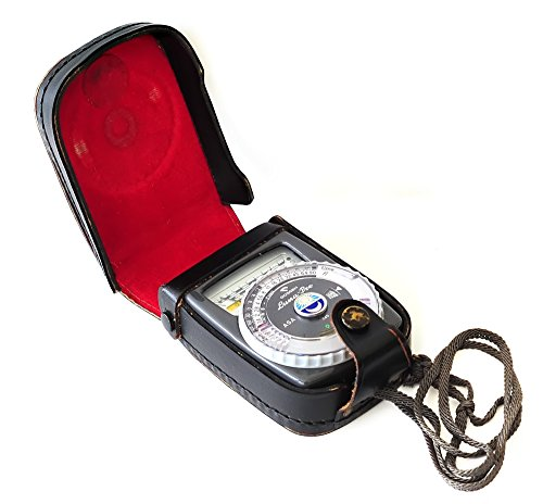 Gossen Luna-Pro Light Meter Black Model in original leather case, Made In ()