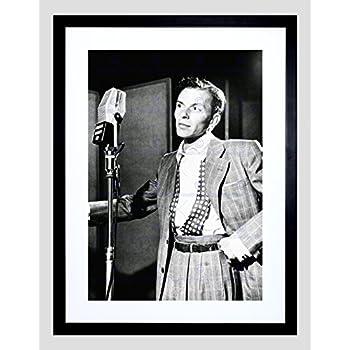Amazon.com: VINTAGE PHOTO SINGER FRANK SINATRA NEW YORK FRAMED ART ...
