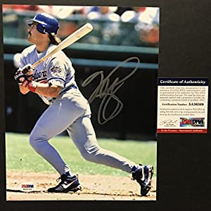 Autographed/Signed Mike Piazza Los Angeles LA Dodgers 8x10 Baseball Photo PSA/DNA COA
