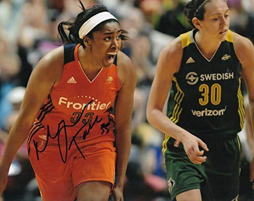 (MORGAN TUCK signed (CONNECTICUT SUN) WNBA Basketball U-CONN 8X10 photo W/COA #1 - Autographed WNBA Photos)