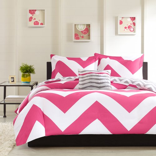 Adorable 3pc Pink Gray and White Reversible Chevron Twin / Twin XL Comforter Set