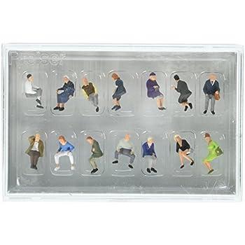 HO Model Figure Preiser 10332 Pedestrians Seated People Package 6
