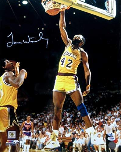 Signed James Worthy Photograph - 16X20 Home Slam Dunk Beckett B10964 - Beckett Authentication - Autographed NBA Photos