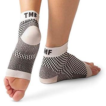 0527fa4fff6 Plantar Fasciitis Socks by Treat My Feet – Ankle Compression Sock Improves  Blood Circulation