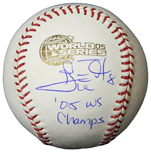 - Carl Everett Signed Rawlings Official 2005 World Series Baseball w/05 WS Champs