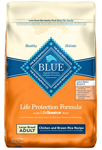 (Blue Buffalo Life Protection Formula Large Breed Dog Food - Natural Dry Dog Food for Adult Dogs - Chicken and Brown Rice - 30 lb. Bag)