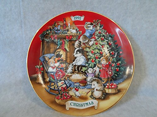1992 Christmas Plate (Sharing Christmas with Friends 1992 Christmas Plate)