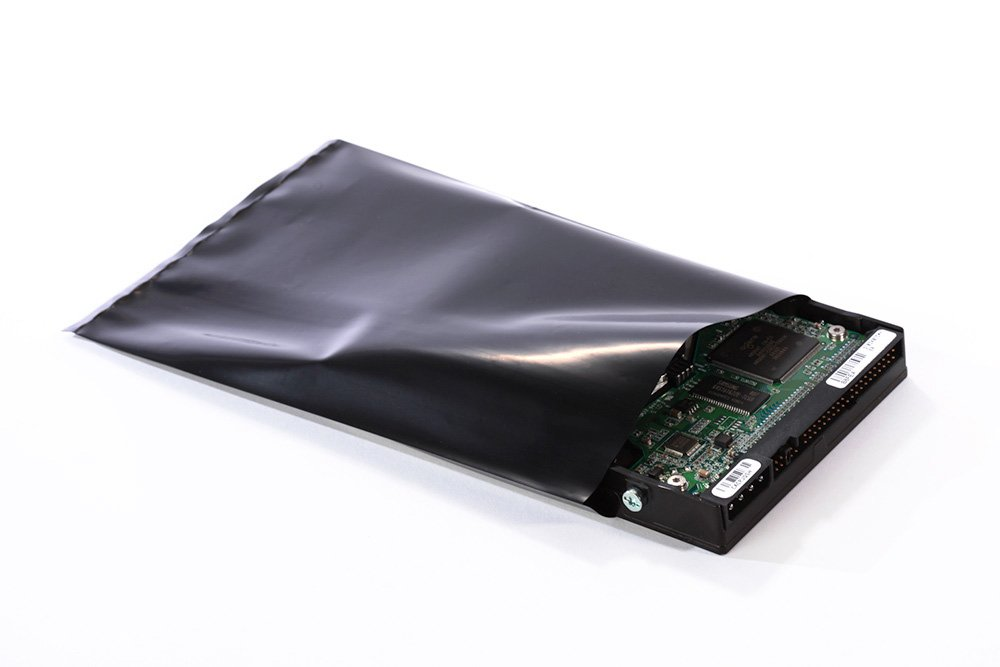 16'' x 20'' x 4 mil Black Plastic Conductive Bags (Pack of 100)