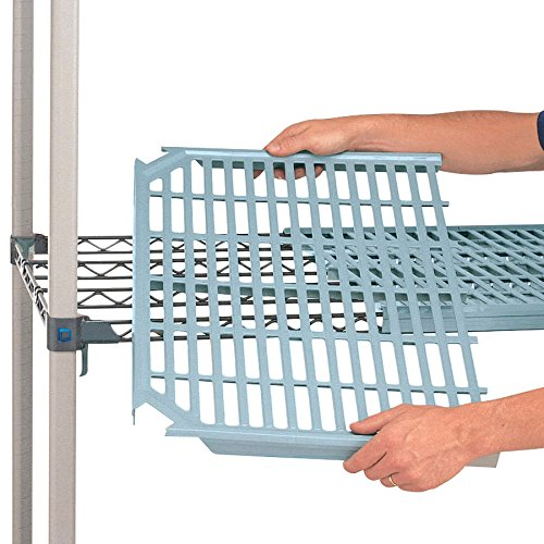 "Metro Metromax Q 18"" x 30"" Open-Grid Shelf"