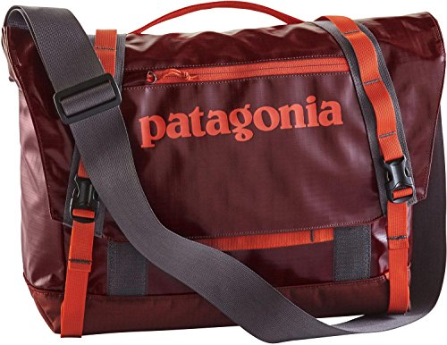 patagonia-black-hole-mini-messenger-bag-12l