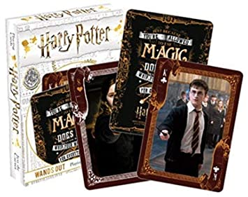 HARRY POTTER Varas out Carta de Juego: Amazon.es: Juguetes y ...