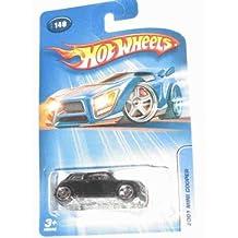 Hot Wheels 2005-140 2001 Mini Cooper Black W/White Top 1:64 Scale