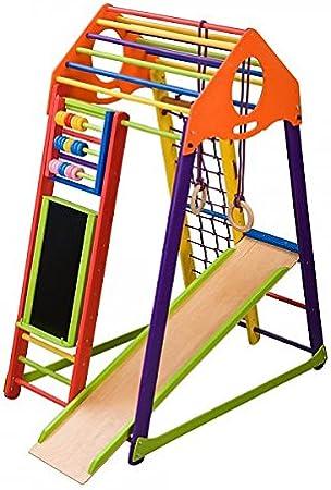 Parque infantil de juegos de madera con tobogán y madera de ...