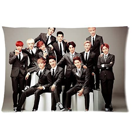 Amazon.com: hipsterone K-pop Exo Wolf funda de almohada ...