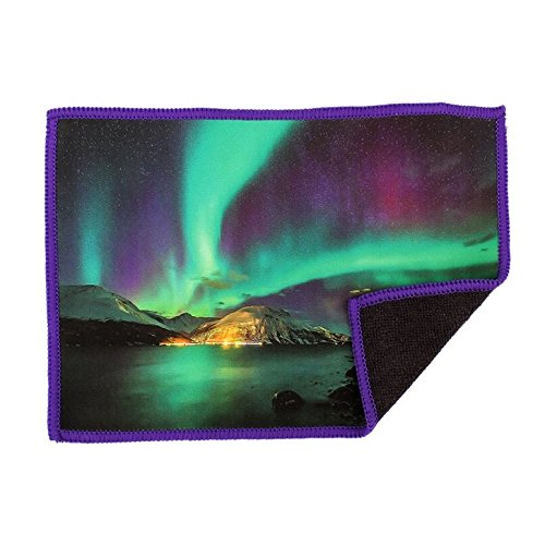 microfiber-cleaning-cloth-for-ipad-aurora-borealis