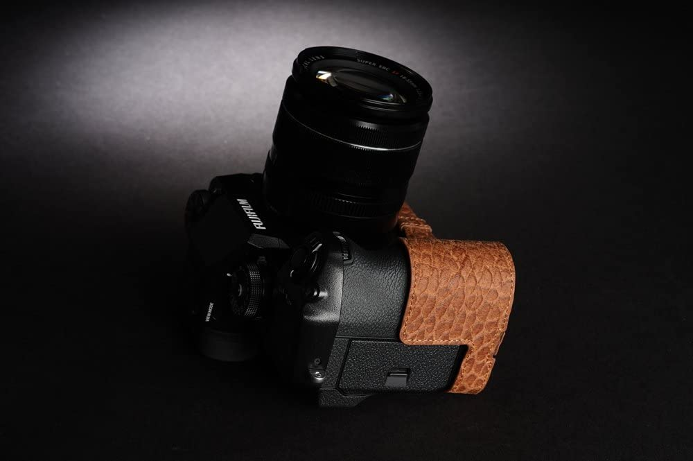 Handmade Genuine Real Leather Half Camera Case Bag Cover for FUJIFILM XH1 X-H1 Bottom Open Amber Brown color