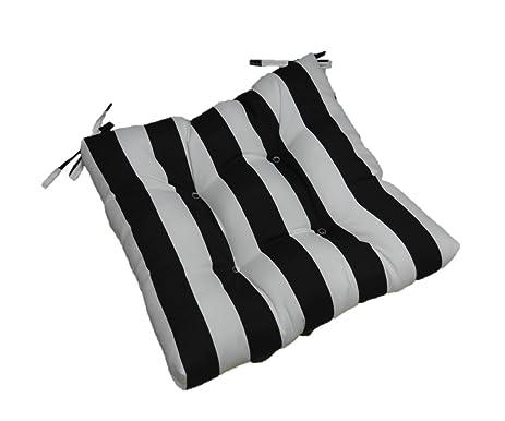 Amazon.com: Indoor / Outdoor Black and White Stripe Universal ...