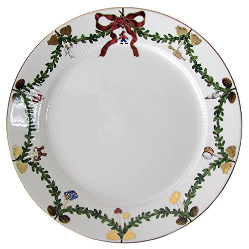 "Star Fluted Christmas 10.75"" Dinner Plate"