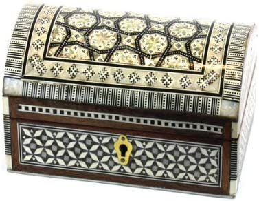 Amazon Com Large Handcrafted Arched Genuine Mother Pearl Decorative Box With Lock 9 5 L X 5 5 W X 5 H Home Kitchen