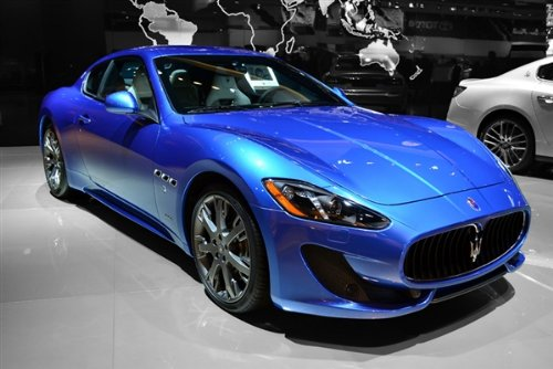 maserati-granturismo-sport-blue-right-front-hd-poster-super-car-48-x-32-inch-print