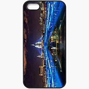 Unique Design Fashion Protective Back Cover For iPhone 5 5S Case Millennium Bridge Gateshead England River Tyne Black