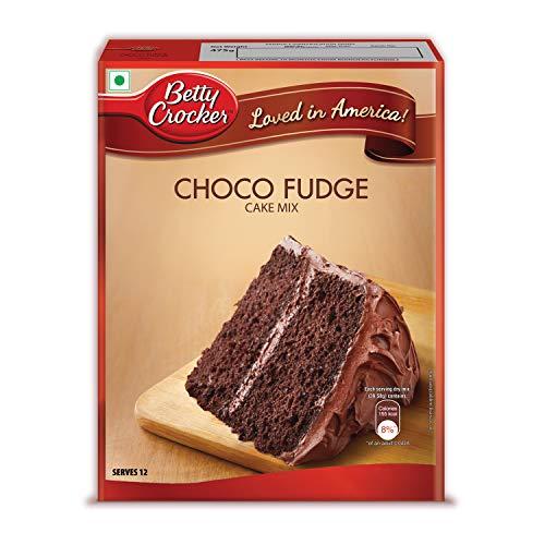 Betty Crocker Choco Fudge Cake Mix | Instant Cake Mix Powder | 3 Step Cake Mix | Whisk, Pour & Bake | Moist Chocolate Fudge Cake | 475g