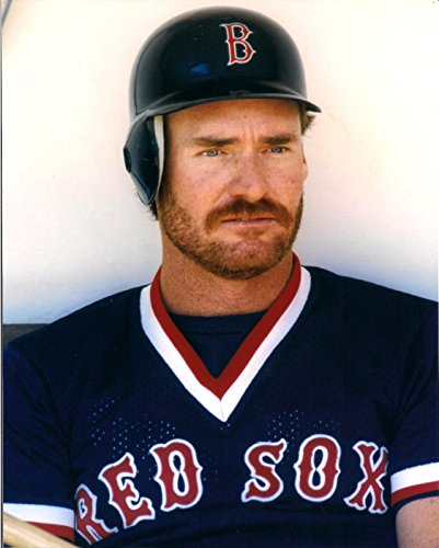 WADE BOGGS BOSTON RED SOX UNSIGNED 8X10 PHOTO by ALL STAR CARDS & COLLECTIBLES
