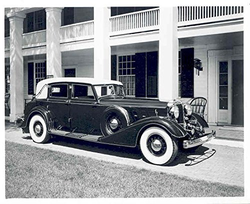1932 Chrysler Imperial (1932 Chrysler Imperial Custom Eight Factory Photograph)