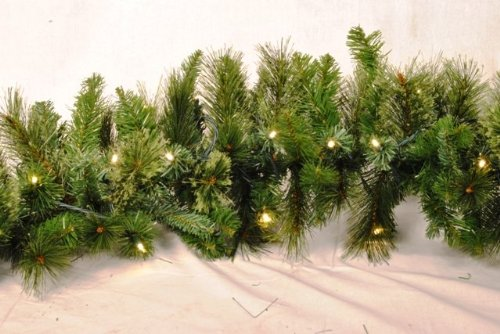 Queens of Christmas WL-GARBM-09-LWW Blended Pine Christmas Garland with Pre-Lit LED Lights, 9', Warm White