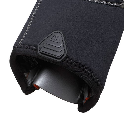 Large with GlideSkin Interior and a Long Zipper for Easy Donning Waterproof New Tusa 3mm 5-Finger Stretch Neoprene Gloves