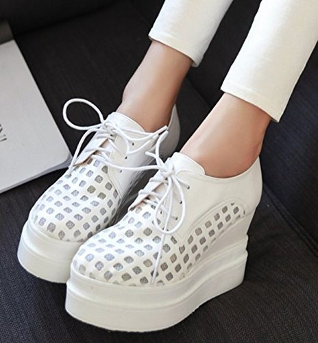 Lace Womens Low Platform Wedge Mesh Shoes White IDIFU Up High Heels Sneakers Top Dressy nXfxW4F