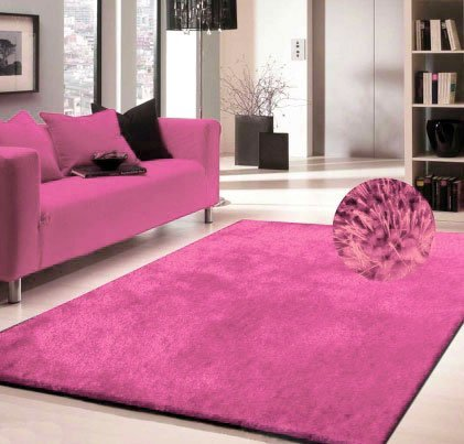 (PINK Shag Rug Made In Tibet Size 5' x 8' HAND TUFTED)