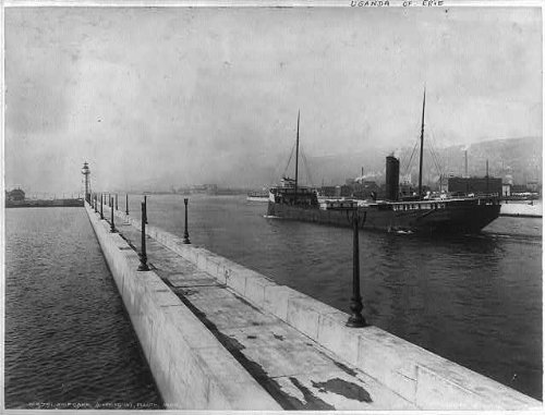 HistoricalFindings Photo: Ships Canal,Duluth,MN,Steamer Uganda of Erie,Water (Furniture Mn Duluth)