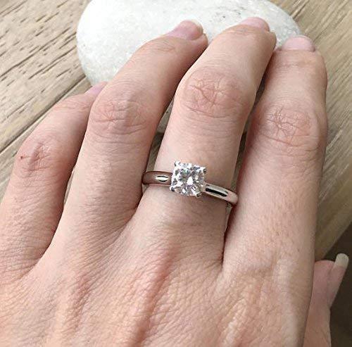 8260e178b3656 Amazon.com: Moissanite Engagement Ring- Classic Moissanite Promise ...