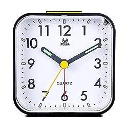 Kaimao Non Ticking Analog Alarm Clock with Nightlight and Snooze, Small Desk Clocks AA Battery Powered, Black