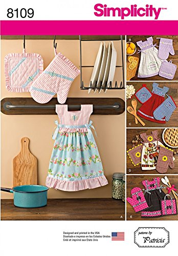 Simplicity Home Easy Sewing Pattern 8109 Towel Dresses, Pot Holders & Oven Mitts