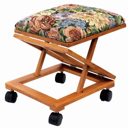 Foot Rest Elevated Foot Stool Footrest Adjustable Folding Tapestry Decorative Locking casters Sturdy support