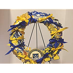 COLLEGE PRIDE - SPIRIT - UM - UNIVERSITY OF MICHIGAN 2 - WOLVERINES - DORM DECOR - DORM ROOM - COLLECTOR WREATH - ROYAL BLUE MUMS AND GOLDEN YELLOW CARNATIONS 80