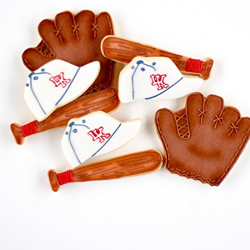 ½ Dz. Baseball Cookies Birthday Favors and Sports (Fanatic Cookie)