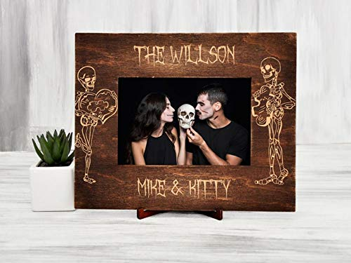 6x8 inches 5x7 Halloween Wedding Photo Frame Gothic Wedding Gift for Couple Skeleton Bride /& Groom Personalized Picture Frame Sugar Skull Wedding Gift for Mr and Mrs Frame 4x6